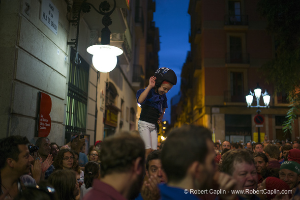 Castellers building human towers in Gracia, Barcelona. Photo by Robert Caplin